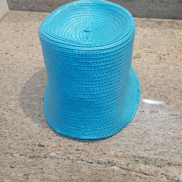 NWT Holt Renfrew unique  blue straw hat